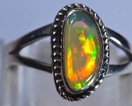Sz7 Ethiopian Opal Quality .925 Ring