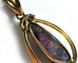ATTRACTIVE RED SPRINKLE BOULER OPAL PENDANT 2 CTS SCO1980