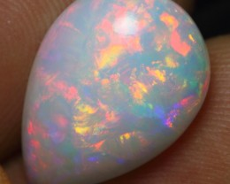 4.35cts BRILLIANT COLOR PLAY FIRE FLASH Ethiopian Opal