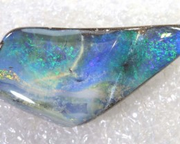 31.85CTS BOULDER OPAL DRILLED PENDANT NC-5139