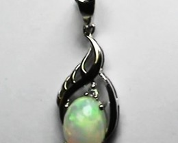 5.15 ct Stunning Modern 925 Silver Solid Welo Opal Pendant