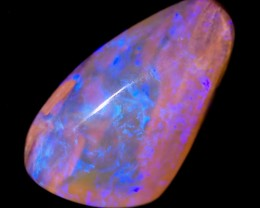 8.15 cts Boulder Pipe Crystal Opal P12