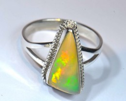 ETHIOPIAN  OPAL QUALITY .925 STERLING FABULOUS RING