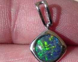 Pretty Australian Triplet Opal and Sterling Silver Pendant (1085f)