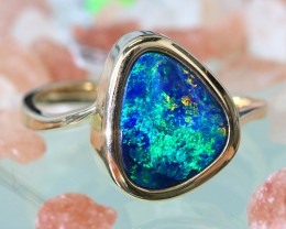 Cute  Opal Doublet opal in 14k Yellow  gold Ring size 7  SU1335