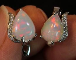 17ct Ethiopian  Welo Polished Opal Sterling Silver 925 Earring