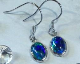 Cute  fire  triplet opals in stylish clip  silver earrings SU 1490