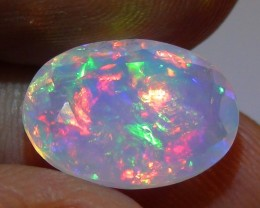 3.60 ct Stunning Full Face Gem Rainbow Welo Facet