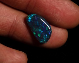 SALE PRICE 4.05 carat Lightning Ridge black Opal blocky fire pattern