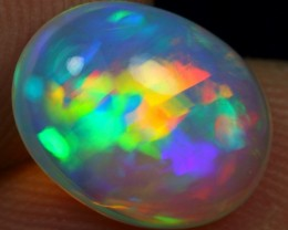 3.00cts Rainbow Parrot Feather Ethiopian Opal
