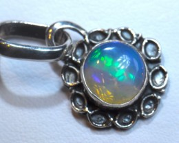 SOLID  OPAL HIGH QUALITY .925 STERLING FABULOUS PENDANT