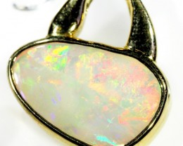 RARE SHELL CRYSTAL OPAL PENDANT  18 K  GOLD   CK 332