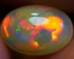 1.75 CRT GORGEOUS FLORAL PATTERN FIRE PLAY COLOR WELO OPAL