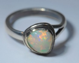 RING SOLID CRYSTAL OPAL HIGH QUALITY .925 STERLING SILVER QUALITY WORKMANSH