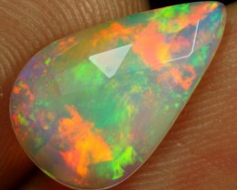 Faceted Flat 2.20cts BEAUTIFUL MULTI FIRE Natural Ethiopian Welo Opal