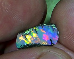 2.10 cts Ethiopian Welo CHAFF FLASH brilliant crystal opal N9 5/5
