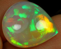 7.90cts GLISTEN BROAD MULTI FIRE Natural Ethiopian Welo Opal