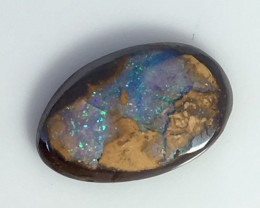 2.50 cts Koroit Matrix opal and Crystal centres