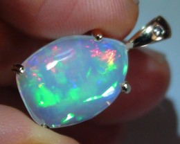 12.60 ct Stunning 10K Gold Pendant Natural Gem Rainbow Color Welo Opal