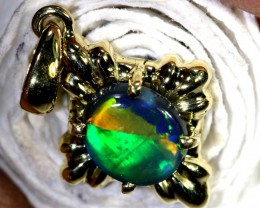 8.60-CTS OPAL 18K GOLD PENDANT OF-2353