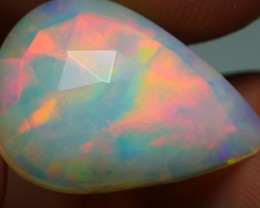 3.90 CRT FLAT FACETED MILKY RED FIRE PLAY COLOR WELO OPAL-