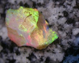 11.2ct HIGH QUALITY BRAZILIAN CRYSTAL OPAL ROUGH CLEAN AND WITH NO CRACKS O