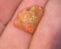 4.65ct HIGHESt QUALITY BRAZILIAN OPAL ROUGH CLEAN AND WITH NO CRACKS OR SA