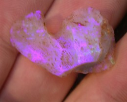 21.1ct  BRAZILIAN CRYSTAL OPAL ROUGH CLEAN AND NO CRACKS OR SAND
