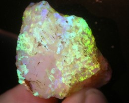 80.4ct HIGH QUALITY BRAZILIAN CRYSTAL OPAL ROUGH CLEAN AND NO CRACKS OR SAN
