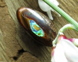 "5cts,""YOWAH NUT OPAL~GEMMY FLASH"""