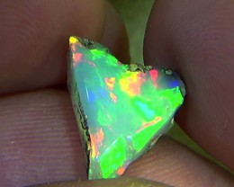 4.10 cts Ethiopian Welo FLASH brilliant opal N7 5/5