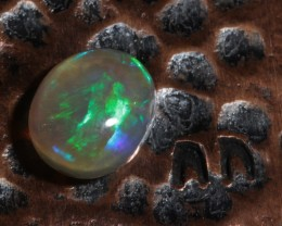 0.80ct VERY BRIGHT -High Dome-Lightning Ridge Opal [20273]