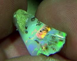 9.15 cts Ethiopian Welo RIBBON dendritic opal N7 4,5/5