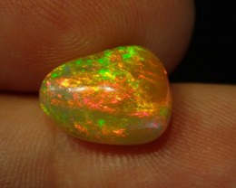 3.48ct  fully saturated  solid  welo opal