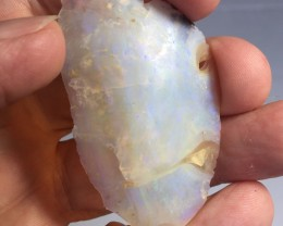 32.65 carats of rough crystal opal