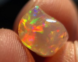 Mulit-Fire Mexican 2.9ct Crystal Opal (OM)