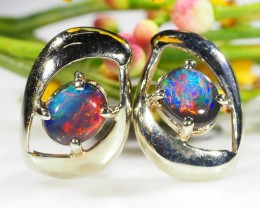 BEAUTIFUL LADIES MULTI FIRE 18K W/GOLD EARRING .9 CTS SCA228