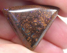 NATURAL  UNIQUE YOWAH OPAL  OT461