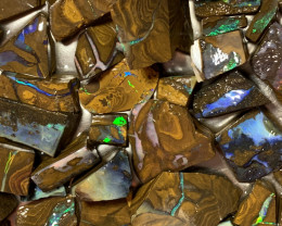 2100 Carats of high end Rough Boulder Opal, Queensland Boulder ; #059