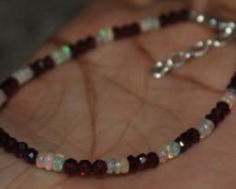 15 Crt Natural Ethiopian Welo Fire Opal & Garnet Beads Bracelet 98