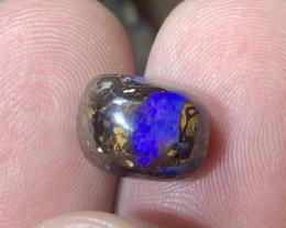 Koroit boulder opal stone