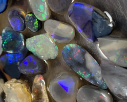 143 Carats of Solid/Natural Lightning Ridge opal, personal collection, #112