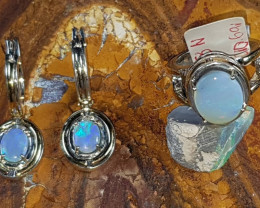 ABSOLUTELY GORGEOUS OPAL SET RING AND EARRINGS