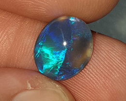1.6crt Black Opal Oval Lightning Ridge natural