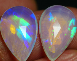 3.95 CRT 2PCS FACETED PRISM RAINBOW PATTERN PLAY COLOR WELO OPAL*