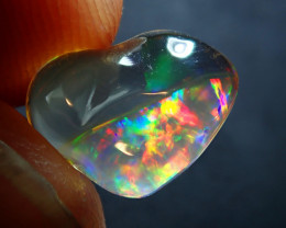2.31 ct  MEXICAN CONTRALUZ  OPAL BRIGHT CARVED