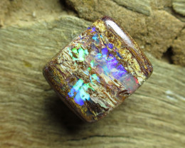 O/L 4.5cts. $1nr; BOULDER MATRIX OPAL~GEMMY FLASH.