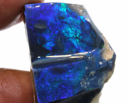 32.5 CTS BLACK OPAL ROUGH  LIGHTNING RIDGE  DT-1413