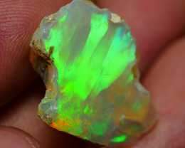 10.05 CRT WELO OPAL ROUGH MULTICOLOR ETHIOPIAN OPAL