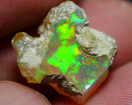 7.20 CRT WELO OPAL ROUGH MULTICOLOR ETHIOPIAN OPAL